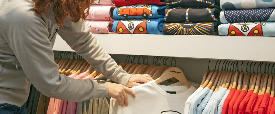 How to Make a Great First Impression When Selling Personalised Clothing