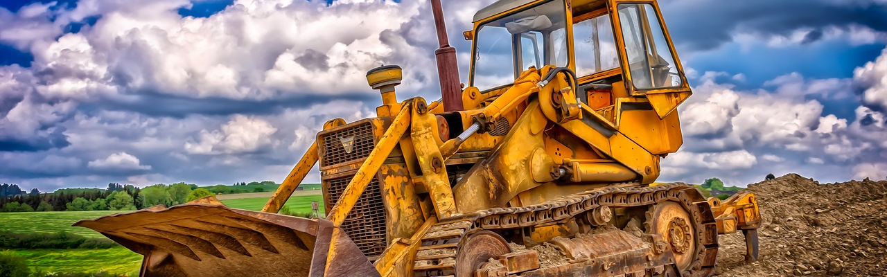 Plant Hire: 4 Essential Tips When Hiring Construction Equipment